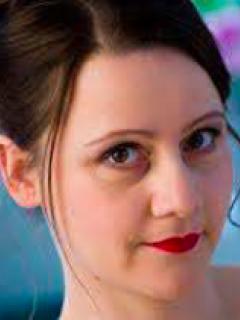 Bernarda Bobro, Stimme entdecken / Gesang